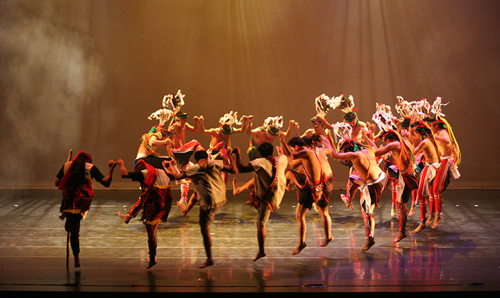 原舞者舞團為傳承原住民樂舞文化的重要推手