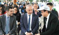 陳志誠校長與法國在台協會公孫孟主任及柯柏睿文化處長交流互動。